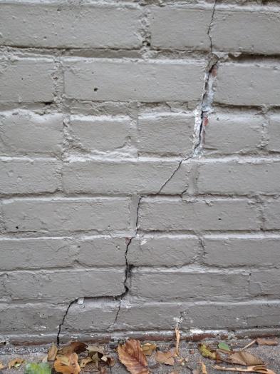 Cracks through brick and mortar-photo-9-.jpg