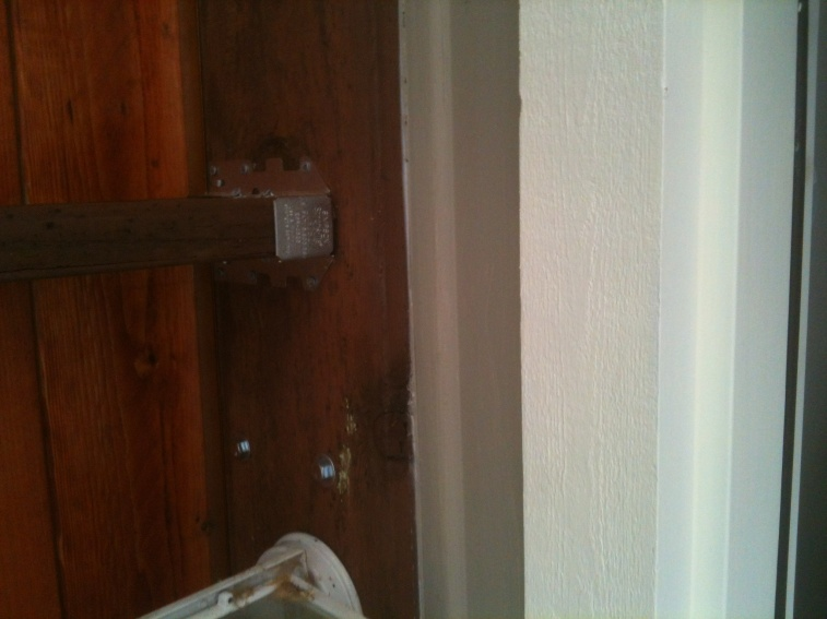 Deck Beam rotating/cracking? See Pictures-photo.jpg