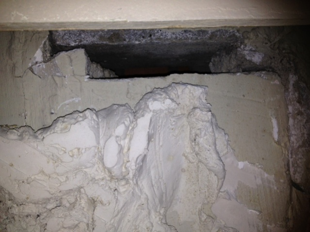 Please Help Is this serious ? Wall Cracks-photo.jpg