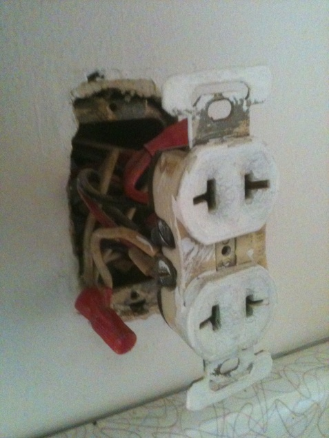 2 prong to 3 prong outlets - need help!-photo2.jpg