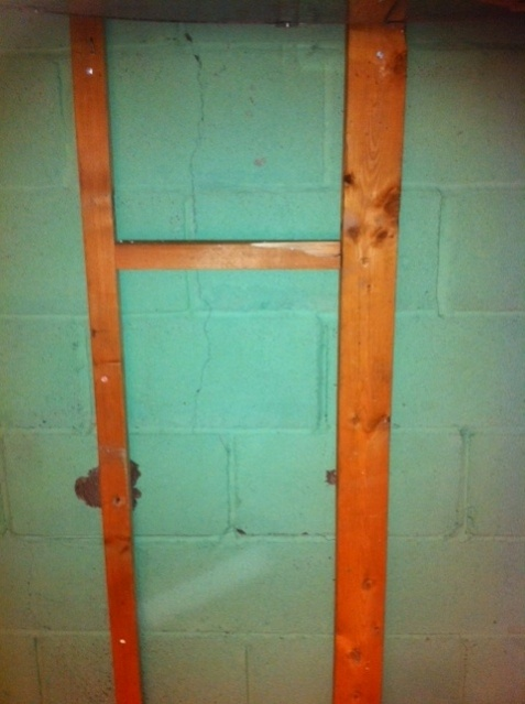 Cinderblock Foundation Crack.. Pictures!-photo3.jpg
