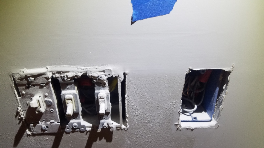 Are these normal blemishes after drywall finishing?-photostudio_1555931290878_1555931793592.jpg