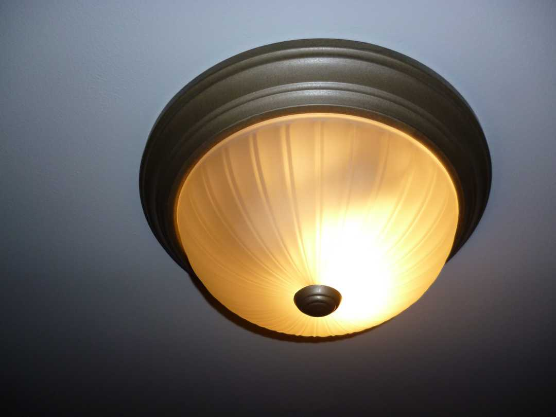 How to access bulbs on flush mount light-phpgkaxg7pm.jpg
