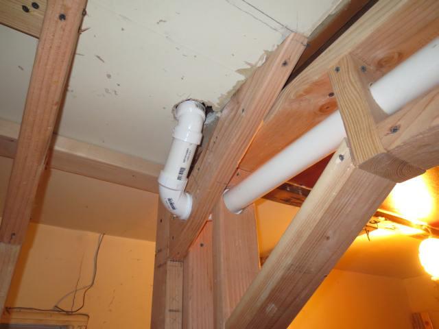 Double shower drain vent question.-pic-001copy.jpg