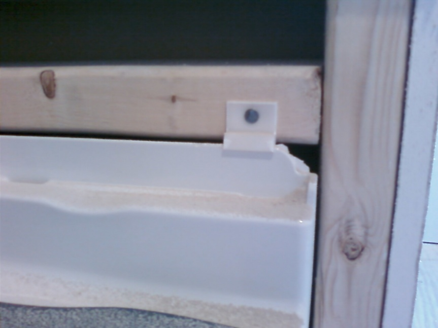 Hardibacker Overlapping Or Sitting On Top Of Tub Tile