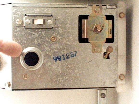 1st attempt at fixing fridge fails-pic0404003.jpg