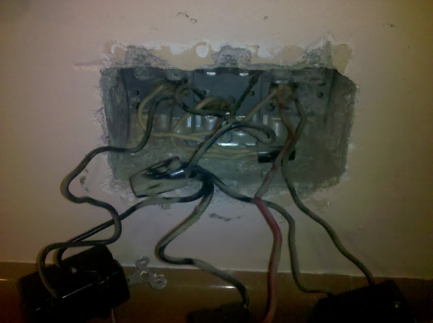 Wiring 2 light fixtures to same switch and add outlet-pic3.jpg