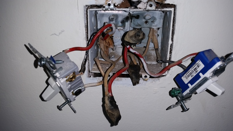 3 Way Switch Has 2 Hot Wires