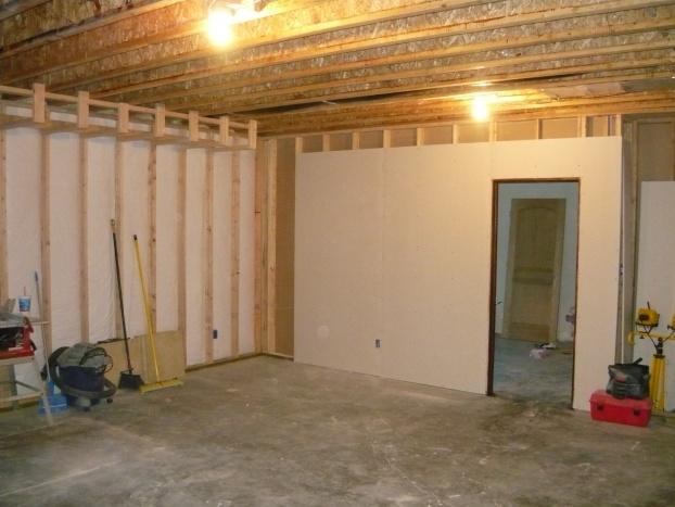 1780 sq foot basement here we come!!-pics-035.jpg