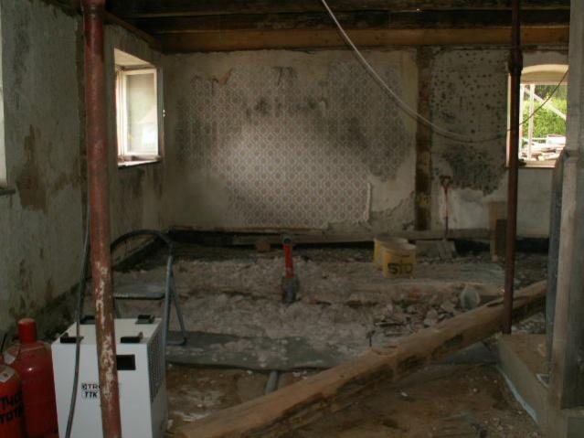German House Rebuild-pict0075.jpg