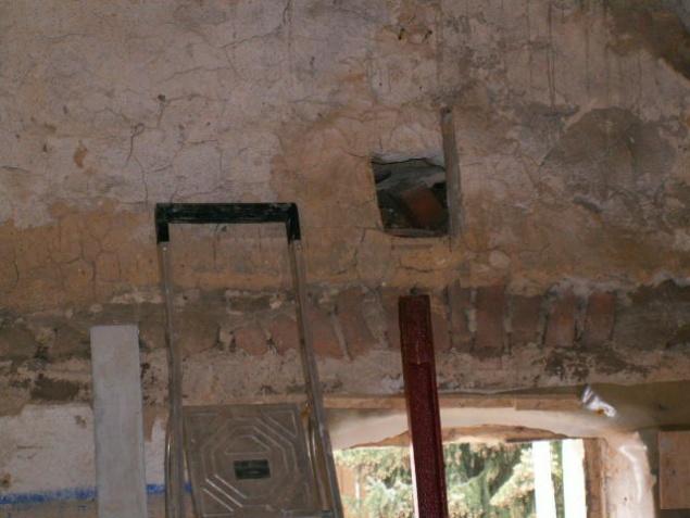 German House Rebuild-pict0088.jpg