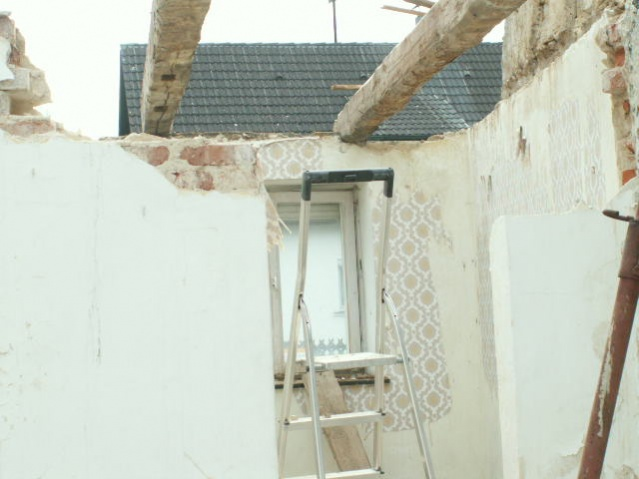 German House Rebuild-pict0275.jpg