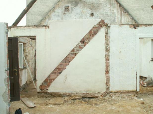 German House Rebuild-pict0281.jpg