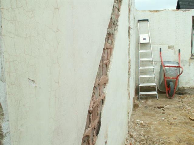 German House Rebuild-pict0282.jpg