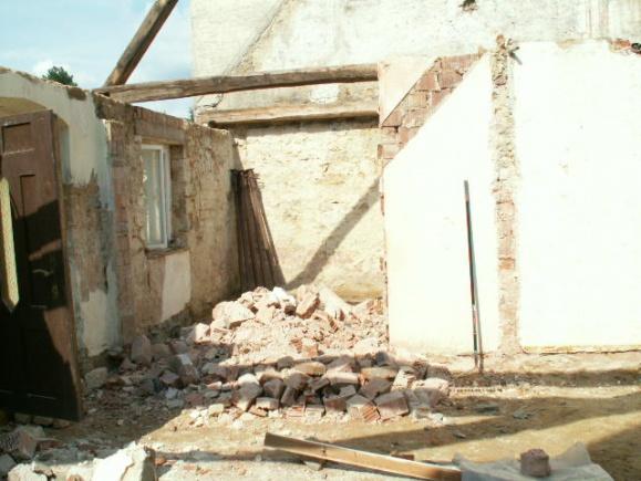 German House Rebuild-pict0284.jpg