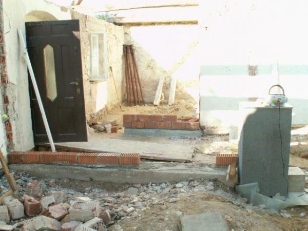 German House Rebuild-pict0299.jpg