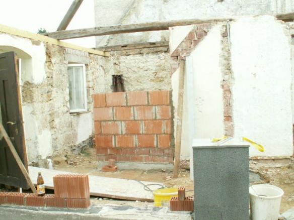 German House Rebuild-pict0306.jpg