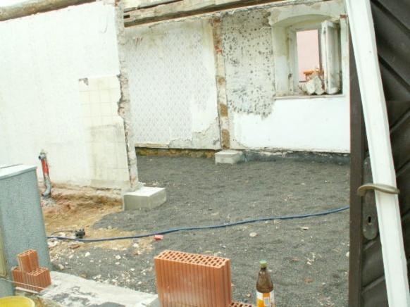 German House Rebuild-pict0310.jpg