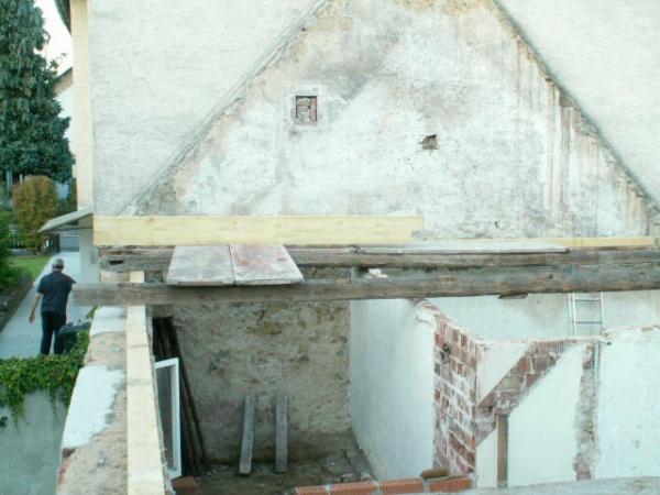 German House Rebuild-pict0313.jpg