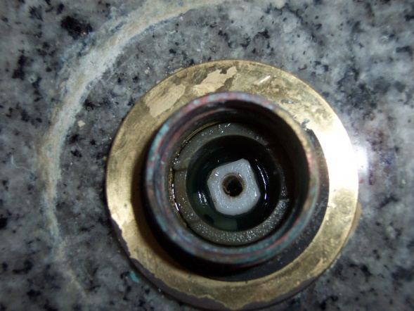 I am repair-challenged and need some help with a faucet leak-picture-002.jpg