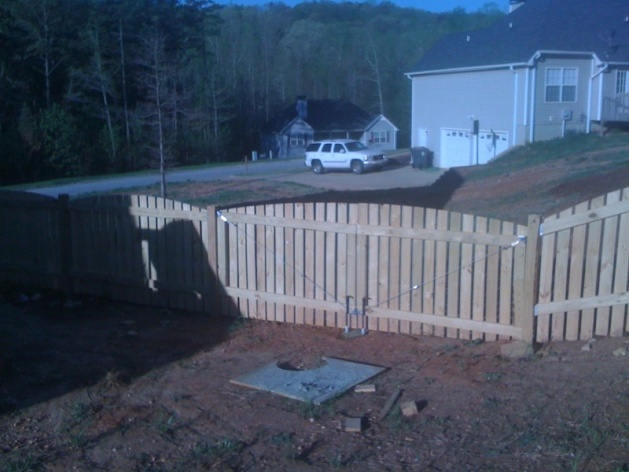 Backyard Fence (Part 1)-picture-009.jpg