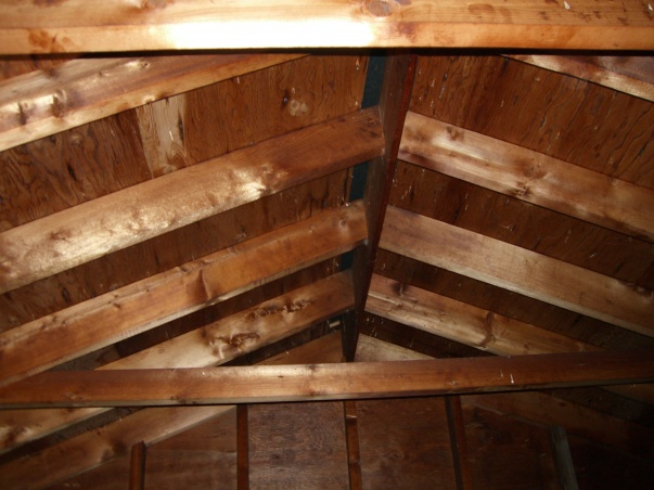 Attic space above garage-picture-127.jpg