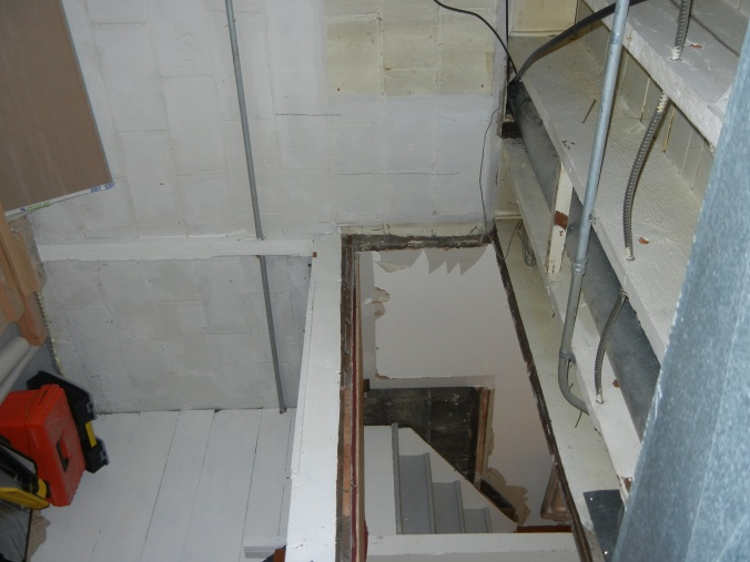 Basement Stair Headroom-picture..bsmt.jpg