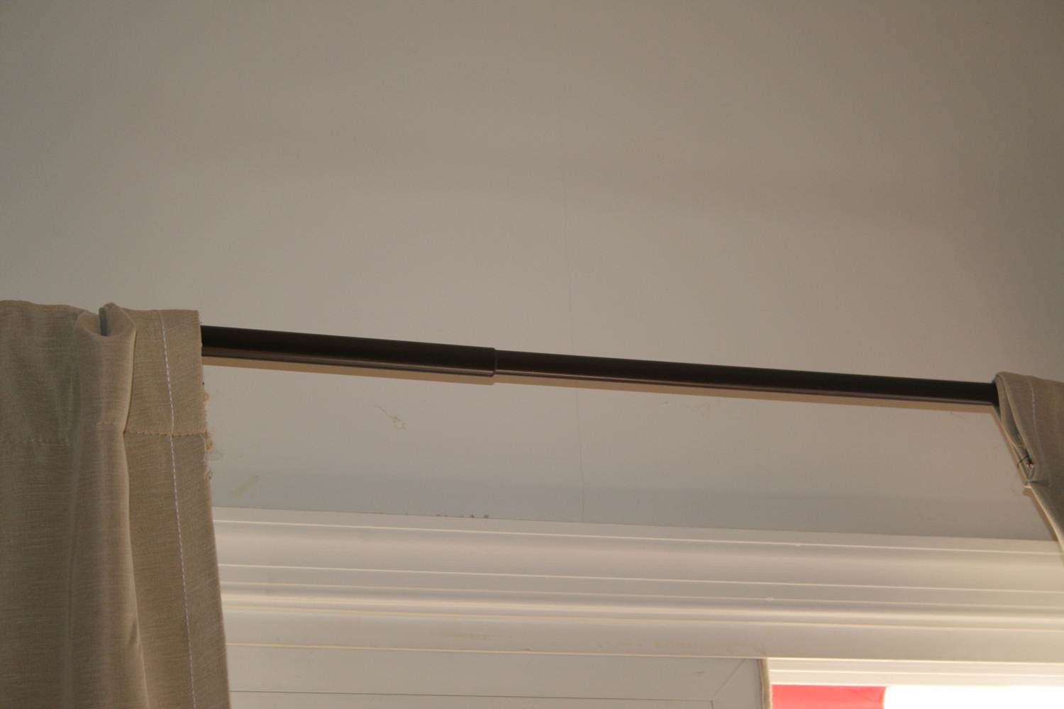 Wall crack above sliding glass doors-picture2.jpg