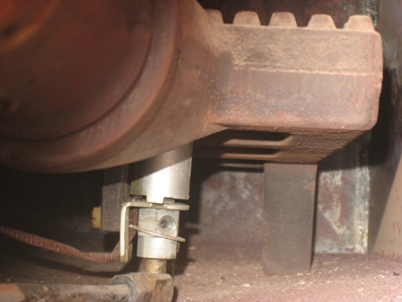 90-year-old Furnace Burners won't light-pilotfront.jpg