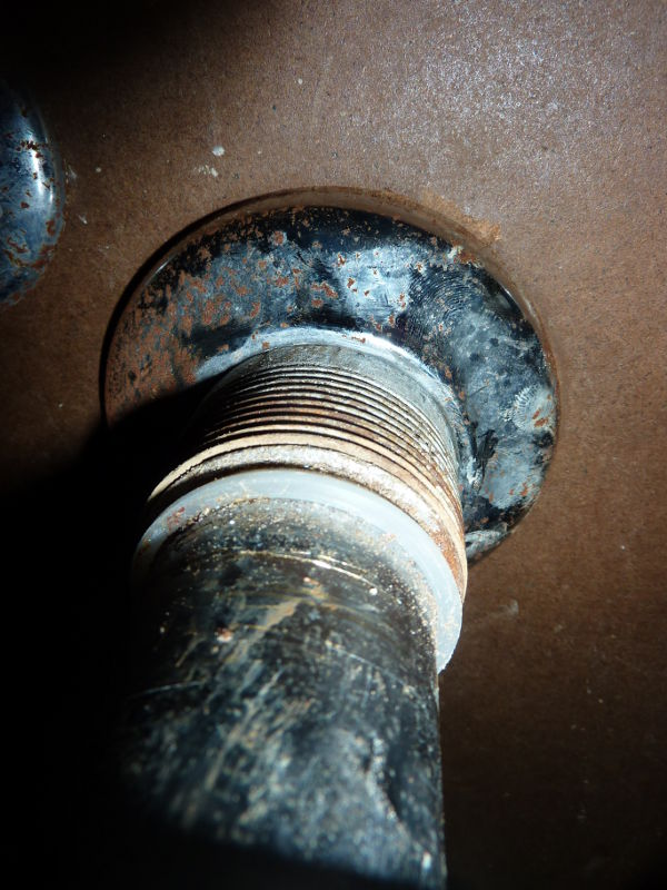 Removing kitchen drain pipe from wall-pipe2.jpg