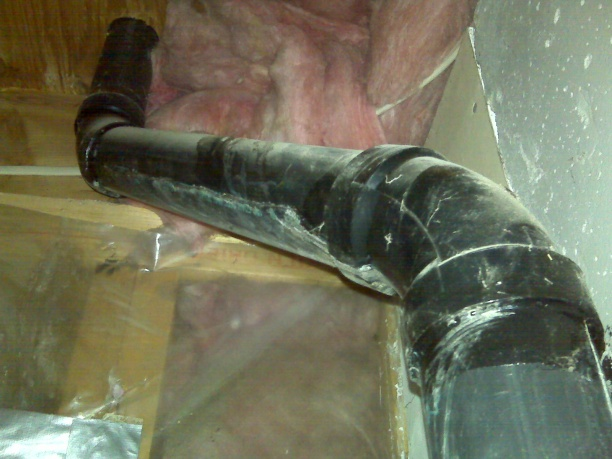 Drain Pipe Leak-pipes-connected-elbow.jpg