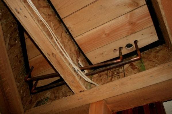 Gulf Island Building.-pipes.jpg