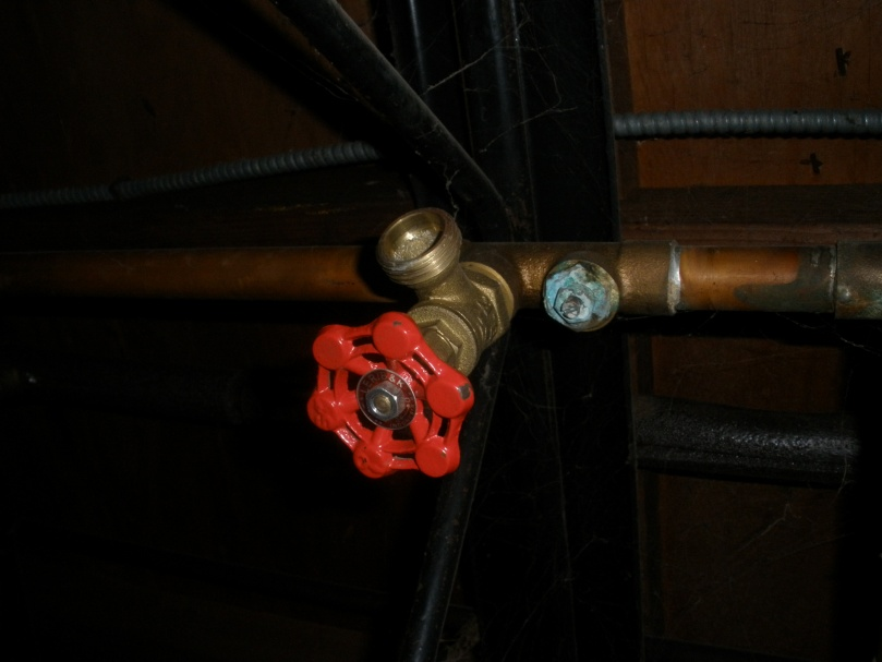 Bleeding baseboards - Question-plumbing-006.jpg