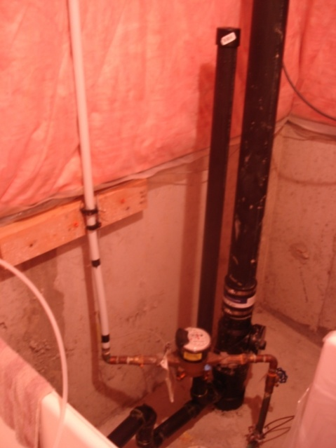 Does this adhere to the code? Washer/Drain/Vent-plumbing2.jpg
