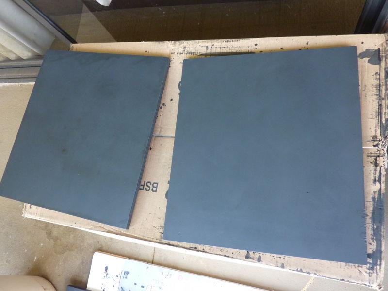 Krylon rubs off plywood as black dust-plywood1.jpg