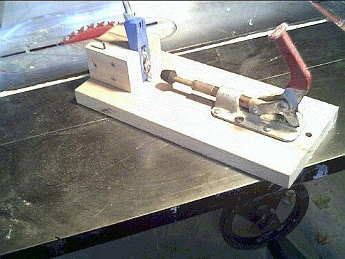 Joining wood using pocket holes (2 methods)-pocket-hole-jig.jpg
