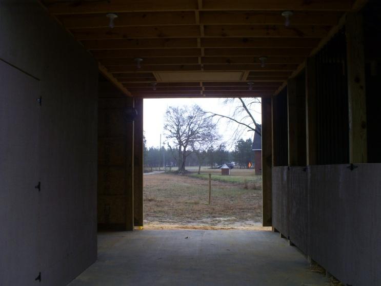 pole barn-pole-barn-002.jpg