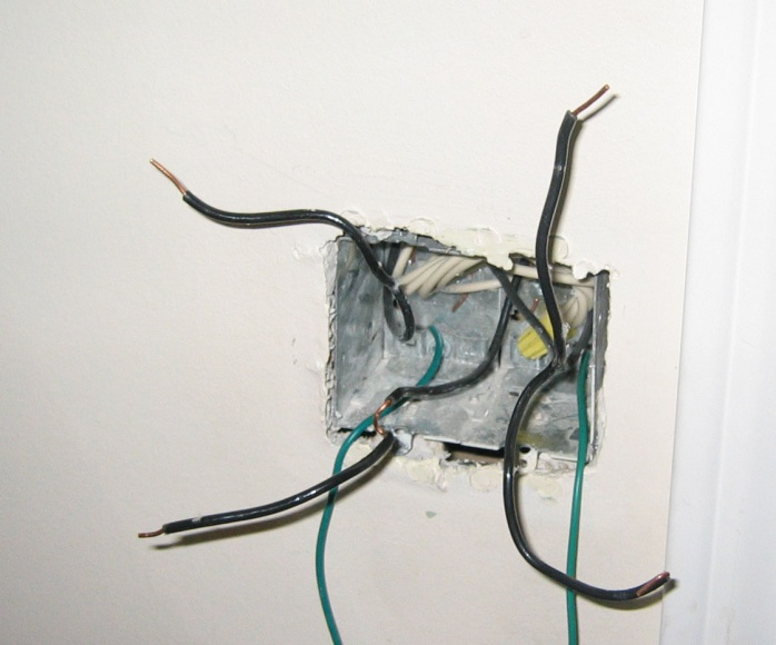 Trying to install Leviton In-Wall LCD timer switch-powderrm2.jpg