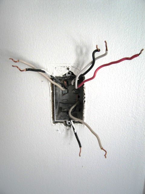 Dimmer wiring in a box with 3 black and 3 white wires and a pink wire to boot!-power-box-pic.jpg