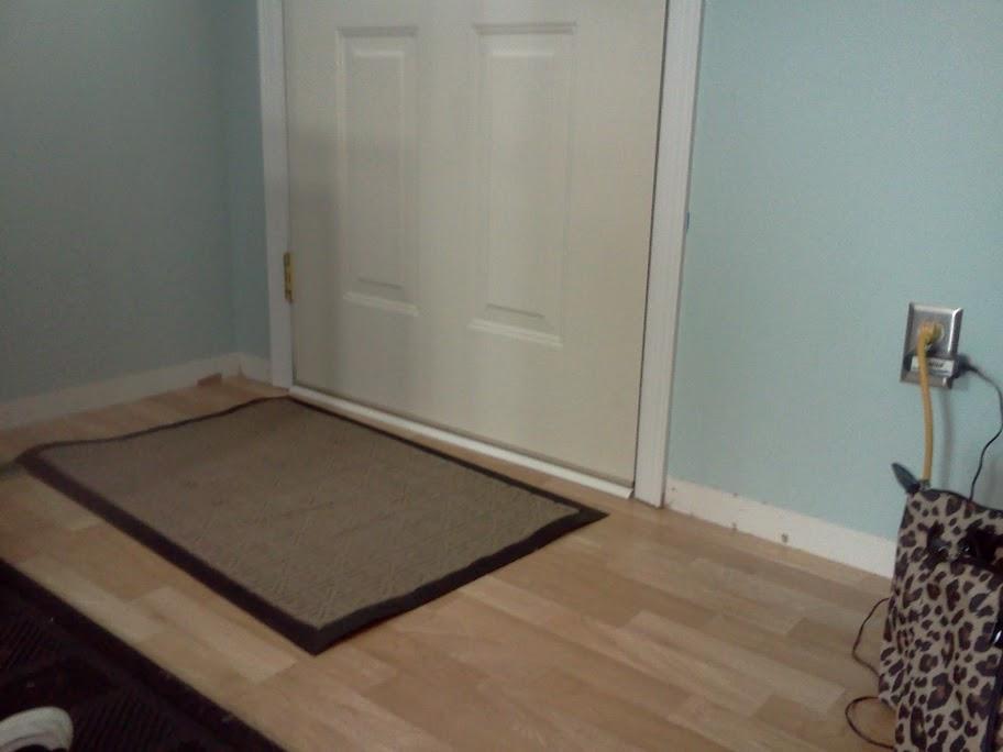 Quarter round for transition to exterior door?-quarter2.jpg