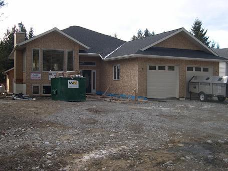 New House in Beautiful Canadian Rockies-radium-house-059.jpg