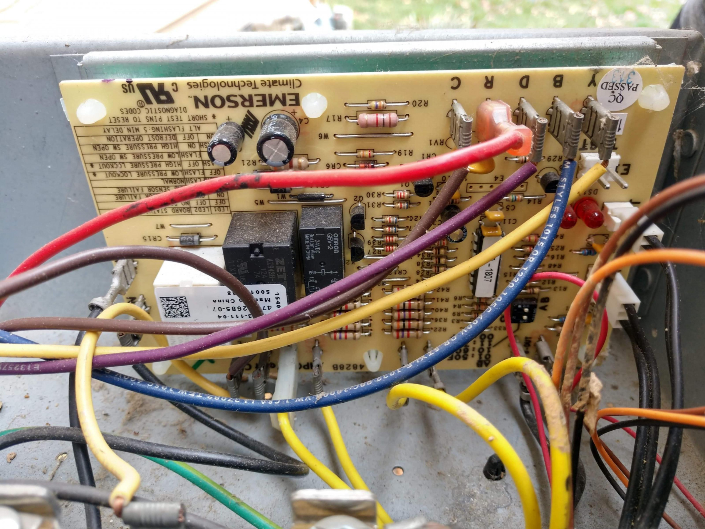 My thermostat with separate O and B terminals-received_219927102696876_1584299496995.jpg