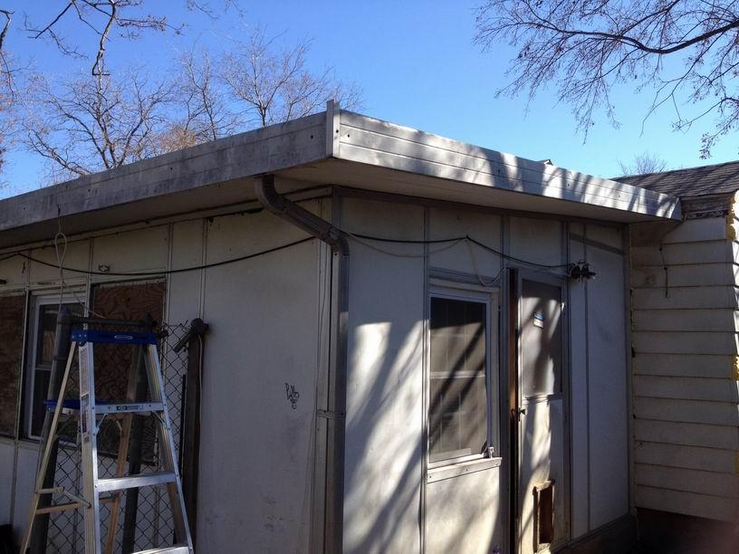 Need advice/options on flat metal roof.-resize-i_2012011218302126.jpg