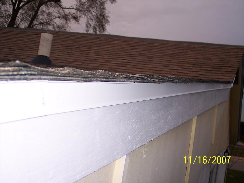 I need help from an honest to god roofer. Ed?-resized-ode-installed-no-visible-seams-100_6574.jpg