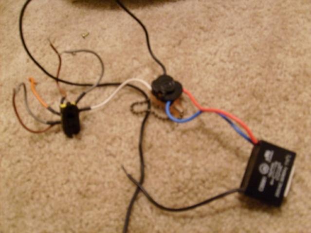 Ceiling Fan Motor Hookup-resized_s6301929.jpg