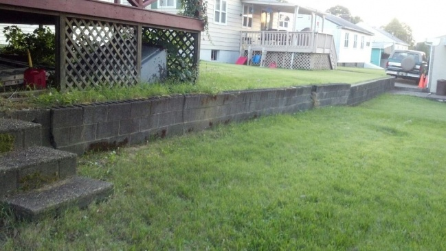 retaining wall redo?-retain1.jpg