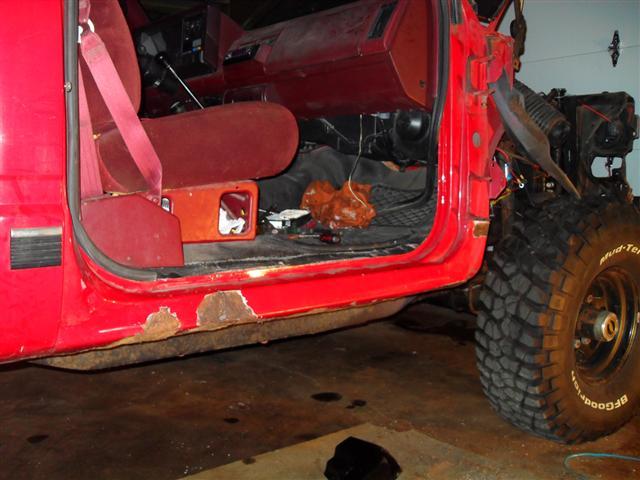 DIY rust repairs .-rocker-rust-3-small-.jpg