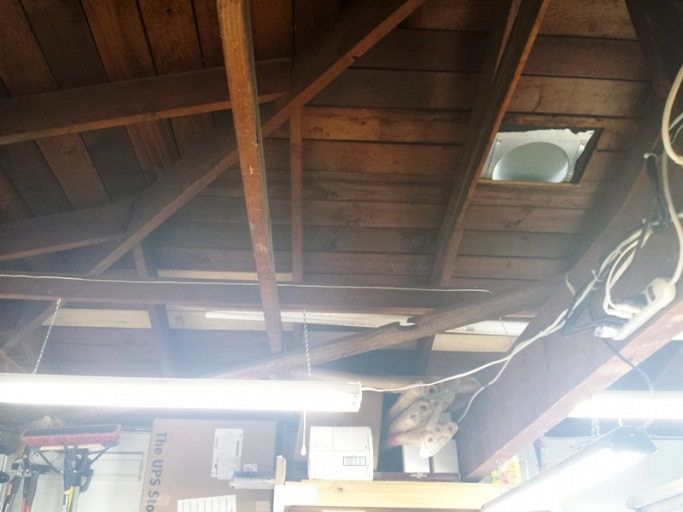How to keep a detached garage comfortable-roof-001.jpg