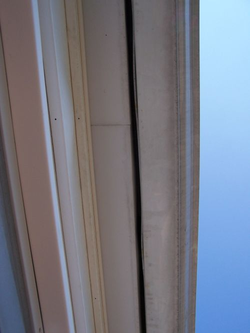 Rain coming into door-roof-004b.jpg