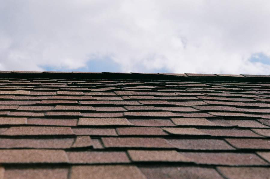 Shingles butted too close together?-roof-back2.jpg